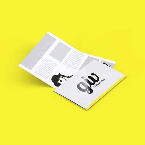Cartão Duplo com Vinco em Couché Brilho e Verniz Total Frente